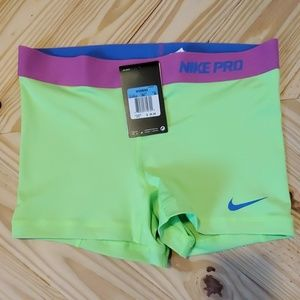 NWT Nike Pro Combat Green Compression Shorts M